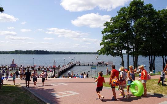 obozy językowe nad jeziorem